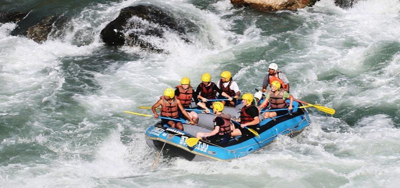 1514528468_bhotekoshi-rafting