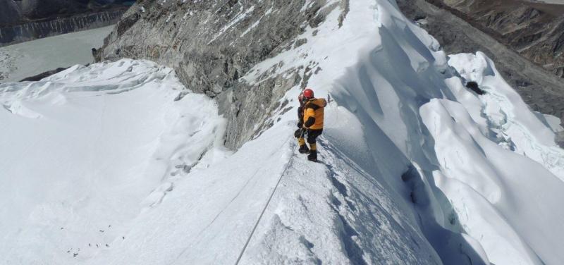 island-peak-climb